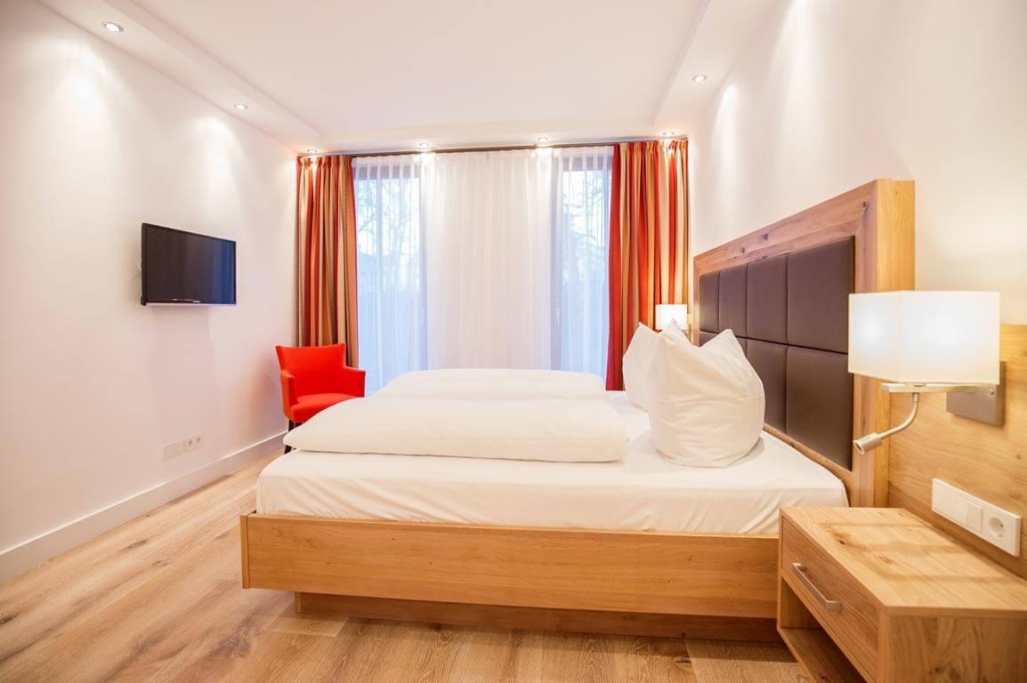 Ruegen-Binz-Ferienwohnungen-PVA01-06-Schlafzimmer-exklusiv