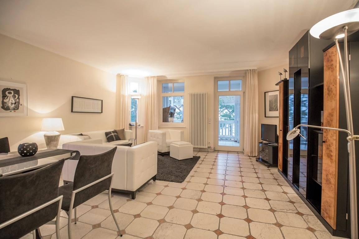 Ruegen-Binz-Ferienwohnungen-SV618-05-Wohnzimmer-exklusiv