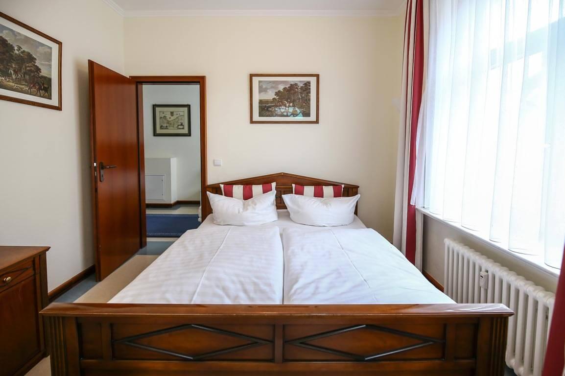 Ruegen-Binz-Ferienwohnungen-SV711-05-Schlafzimmer-exklusiv