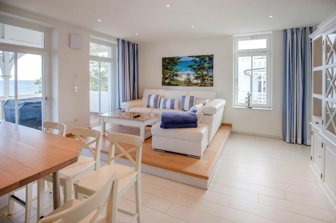Ruegen-Binz-Ferienwohnungen-SV008-03b-Wohnzimmer-exklusiv