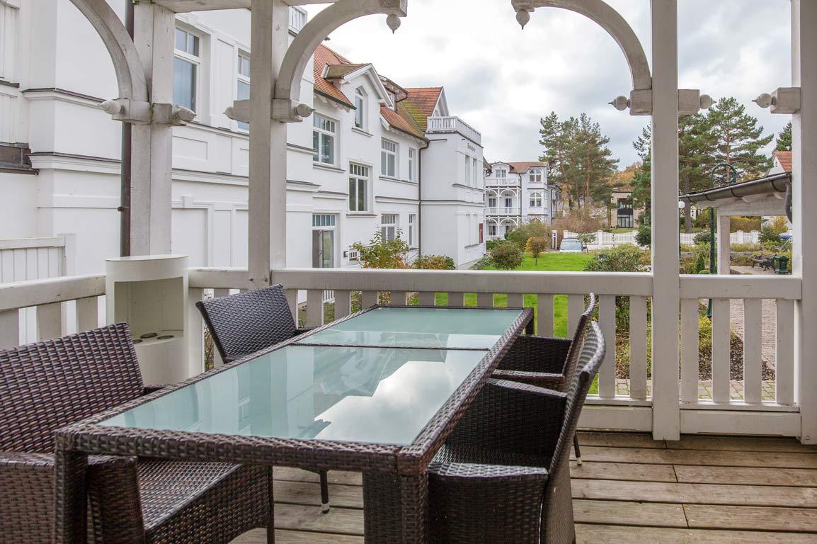 ruegen-binz-ferienwohnungen-sv751-01-balkon-1-exklusiv