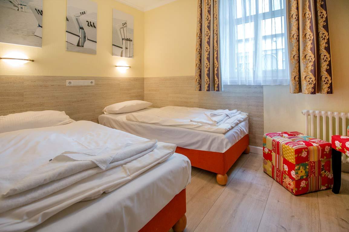 Ruegen-Binz-Ferienwohnungen-SV751-08-Schlafzimmer-exklusiv