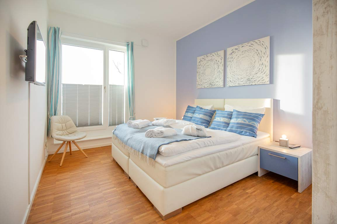 Ruegen-Binz-Ferienwohnungen-DR434-09-Schlafzimmer-exklusiv